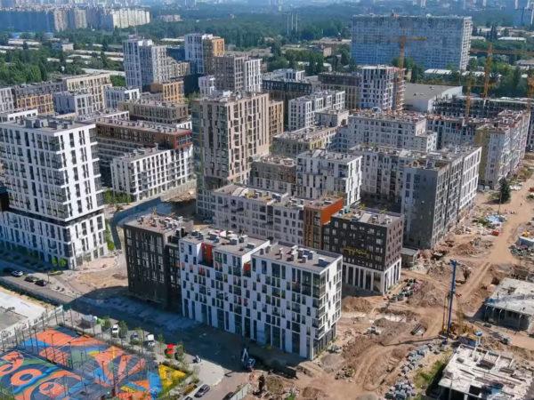 Ход строительства «Файна Таун»: июль 2021 года – видео и подробная информация по очередям и секциям