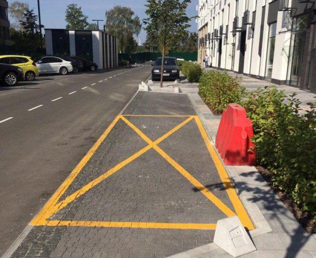 Временная парковка в Файна Таун